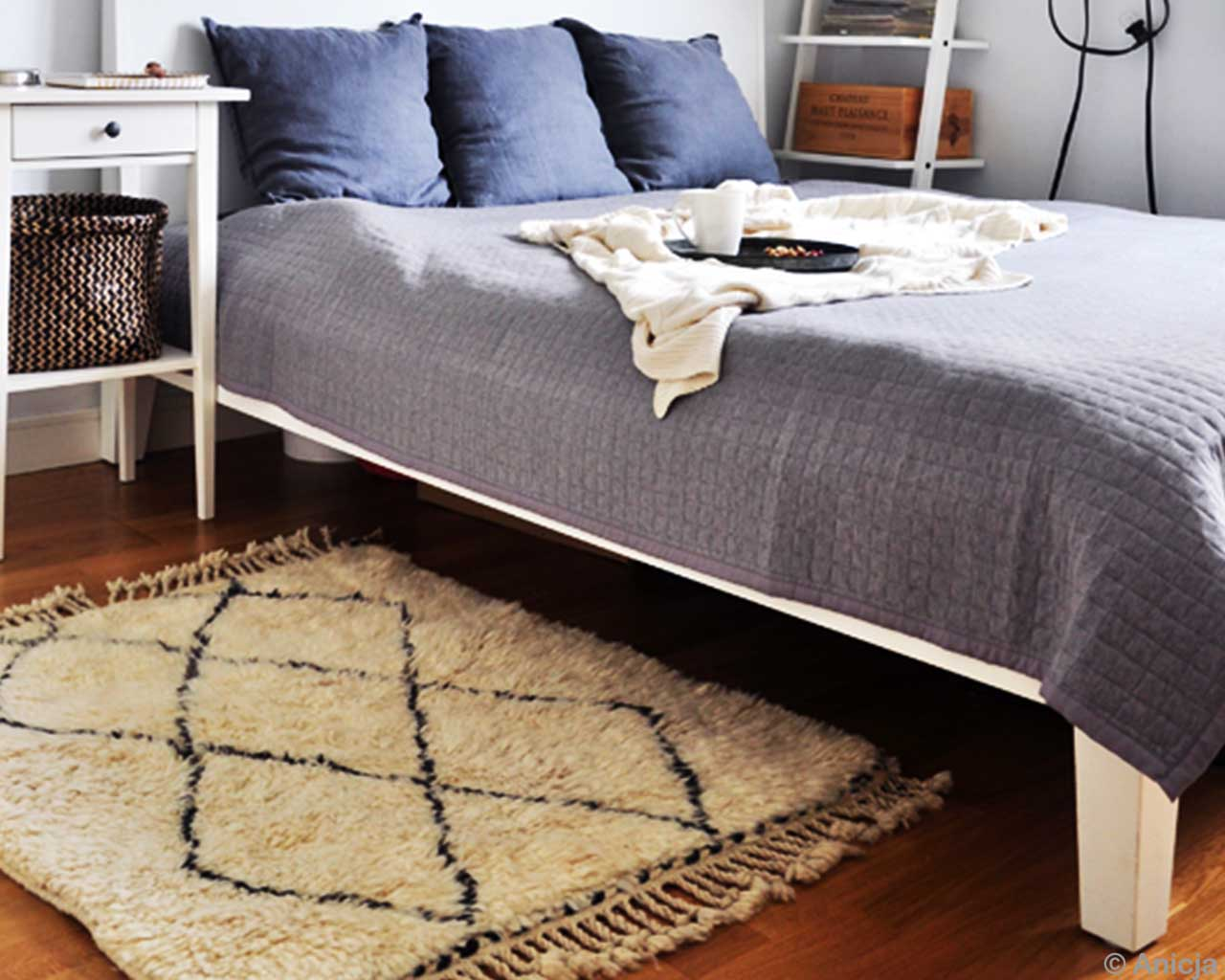 Grey Bed Room Nice Soft Feet Berber Carpets 2