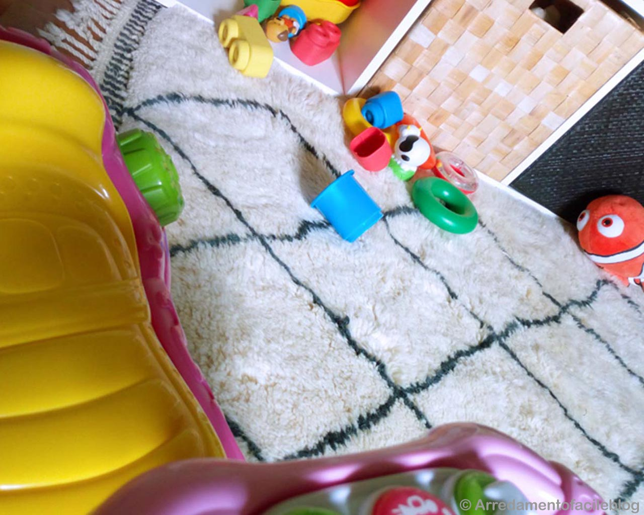 hand knotted assorted toys and inflatables made by moroccan beni ourain carpet